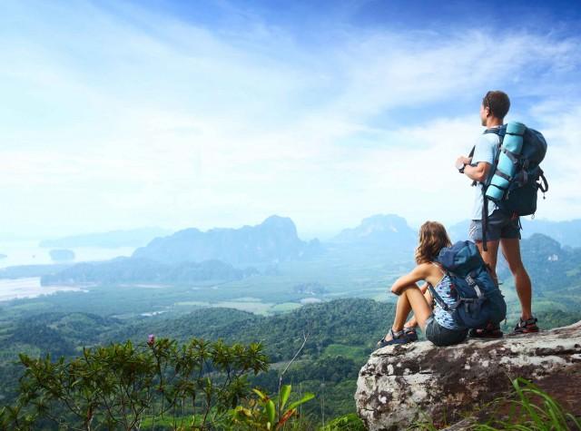 d2ef70aba381d هذه شبكة اجتماعية للمسافرين. عند الذهاب في إجازة ، يمكن للمستخدمين الحصول  عليها نصائح مفيدة من المسافرين ذوي الخبرة الذين يعرفون الأماكن الأكثر إثارة  ...